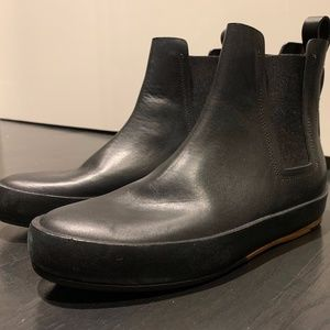 FEIT Ankle Boots